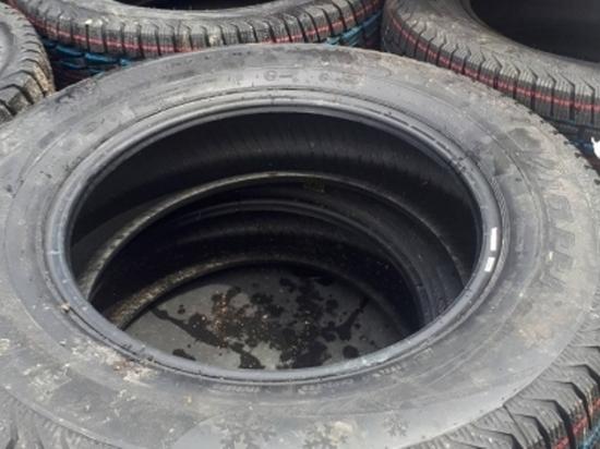 Грузовик с 500 новыми шинами угнали и бросили на дороге в Забайкалье