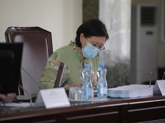 Мэр Якутска Сардана Авксентьева проголосовала против поправок в Конституцию и до последнего времени не сообщала о своём выборе