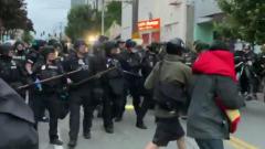 "Полиция жестко разогнала ""зону анархии"" в Сиэтле: видео"