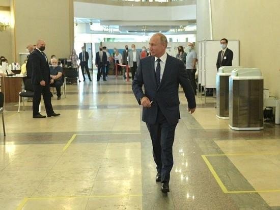 Путин размышляет о способе поблагодарить россиян за голосование по Конституции