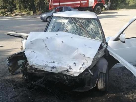 В Ростовской области пассажирка «Лады» погибла в столкновении с «Тойотой»