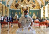 Общероссийское голосование по Конституции, проходившее целую неделю разными, иногда невиданными прежде способами и в разных, иногда удивительных местах, закончилось