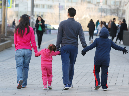 Россияне назвали размер семейного дохода для «нормальной» жизни
