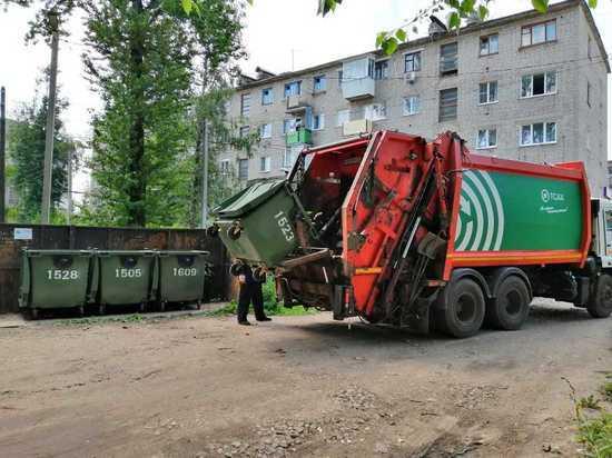 С начала года в муниципалитеты Тверской области поступило более четырех тысяч мусорных контейнеров
