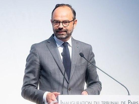 Раскрыта причина отставки премьера Франции