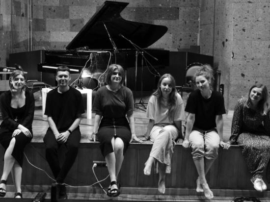 Удивительный онлайн-перфоманс: как в реакции на пандемию творческая команда из Ростова соединила танец, музыку и поэзию