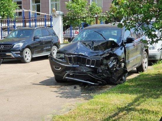 В машине Ефремова нашли следы постороннего: «бычки» с гашишем
