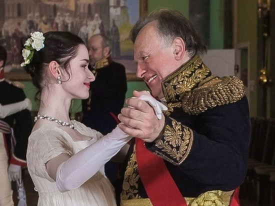 СМИ: историк Соколов изменял аспирантке Ещенко с бывшей женой