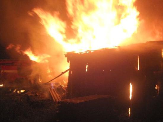 Москвича убило током при тушении пожара в соседской бане