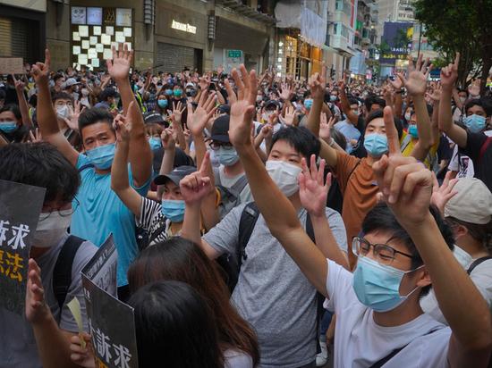 Гонконгские активисты задумались о парламенте в изгнании