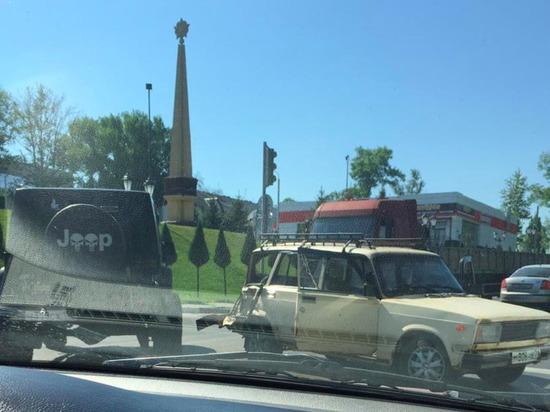 На Щекинском шоссе в Туле из-за ДТП затруднено движение транспорта