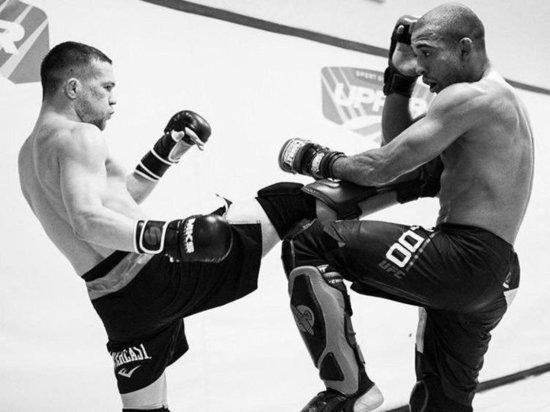 Емельяненко будет бить «Лысого хищника», а Ян драться за пояс UFC