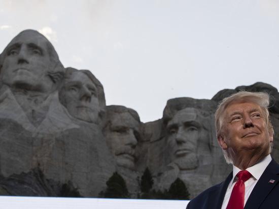 Накануне Дня Независимости в США задались глобальным вопросом