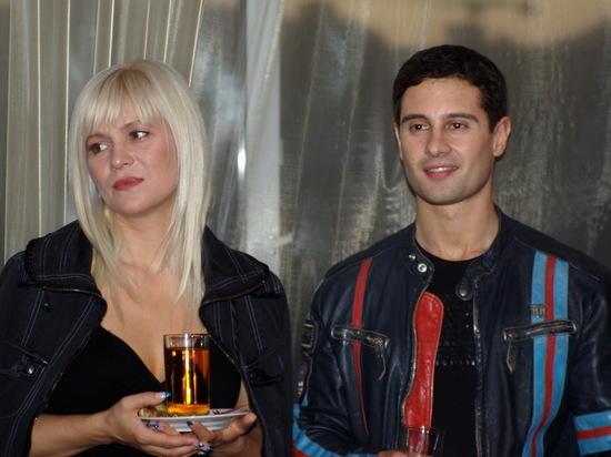 Жена Макарского вспомнила, как пританцовывала в ЗАГСе в день свадьбы