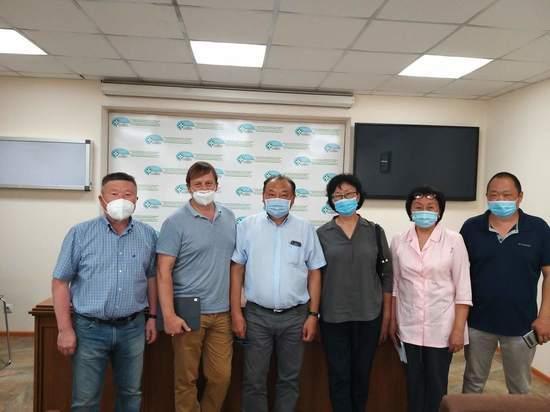 Врачи Тувы, работающие с Covid-19,  обсуждают работу с коллегами из Москвы