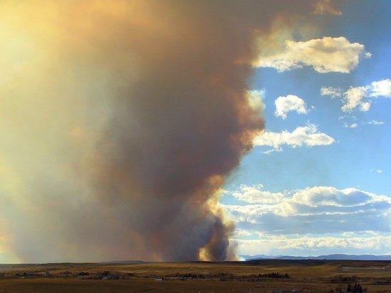 За прошедшие сутки ликвидированы три возгорания в Усть-Майском, по одному в Хангаласском и Мирнинском районах республики.