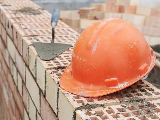 Глава костромской городской администрации потребовал ускорить строительство школы и двух детсадов
