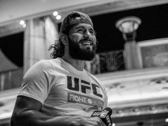 Самый дерзкий боец UFC спасет турнир на «Бойцовском острове»