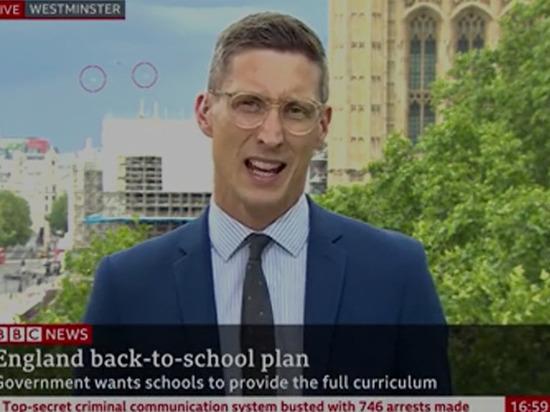 НЛО над парламентом Великобритании показали в прямом эфире