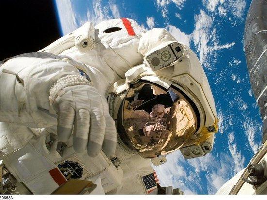 Специалист рассказал о серьезном отставании космической отрасли России от США