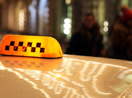 Таксист изнасиловал пассажирку и отвез ее домой