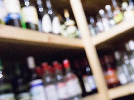 СМИ: в России планируют смягчить правила продажи алкоголя