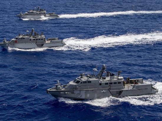 Украинский военачальник сообщил, как американские катера ограничат Россию на Азове