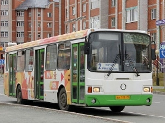 В Салехарде работу водителей автобусов будут отслеживать тахографы