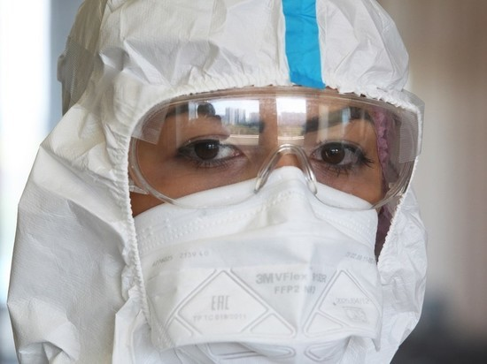 Поликлинику Петербурга оштрафовали из-за коронавируса у 43 сотрудников