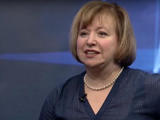 Супруга Парфенова объяснила отъезд из России в разгар пандемии