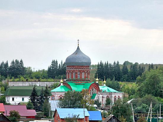 Решение администрации Пермского района о строительстве кладбища в окрестностях Лобаново, непосредственно вблизи от жилых домов, огородов и участков, стало для местных жителей и дачников полной неожиданностью