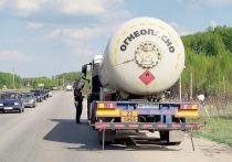 В Чехове начали проверять грузовики