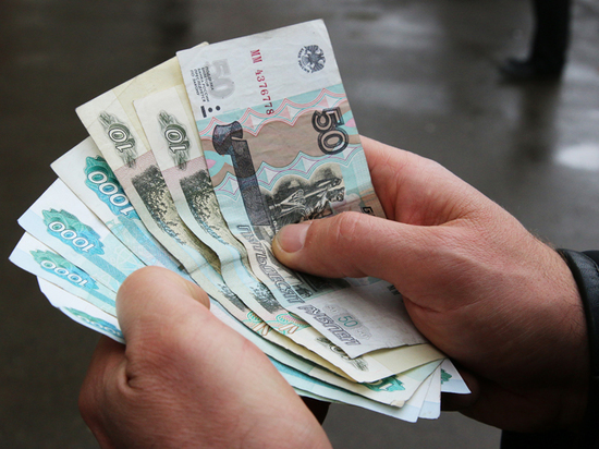 Где-то в начале весны Владимир Путин обнаружил в России средний класс - процентов 70 населения, если по международной методике (заработок в полтора раза больше МРОТ)