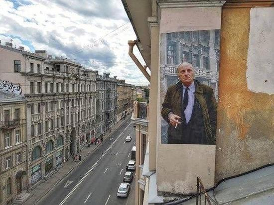 Портрет Бродского воссоздали на одной из крыш Петербурга