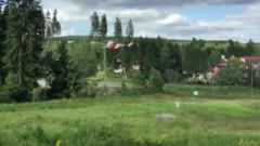 В Чехии столкнулись два пассажирских поезда: кадры спасательной операции