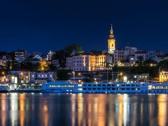В Белграде вводят комендантский час