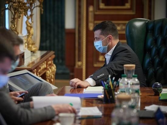 На Зеленского составили два админпротокола за нарушение декларации