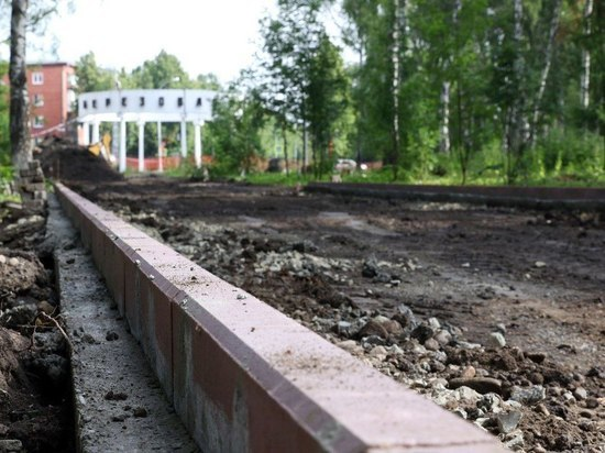 Илья Середюк рассказал о благоустройстве Берёзовой рощи