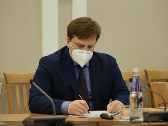 Дополнительный коечный фонд для ковидположительных пациентов создают в больницах Алтайского края