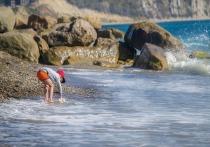 «Пописай в море!»: на черноморских курортах отдыхающие конфликтуют с местными