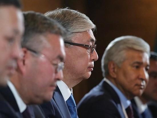 Казахстан объявил общенациональный траур по 264 жертвам коронавируса