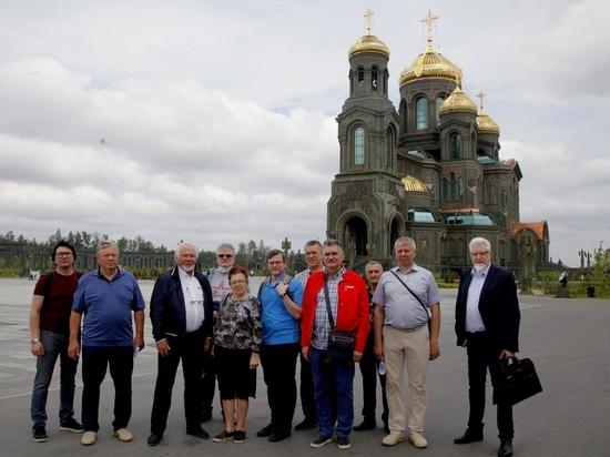 Члены Общественного совета при Минобороны оценили Главный храм Вооруженных сил