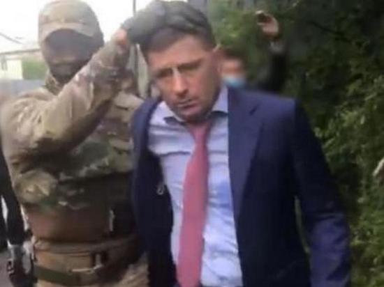 Следственный комитет РФ сообщил, что в отношении губернатора Хабаровского края Сергея Фургала возбуждено уголовное дело по нескольким статьям Уголовного кодекса