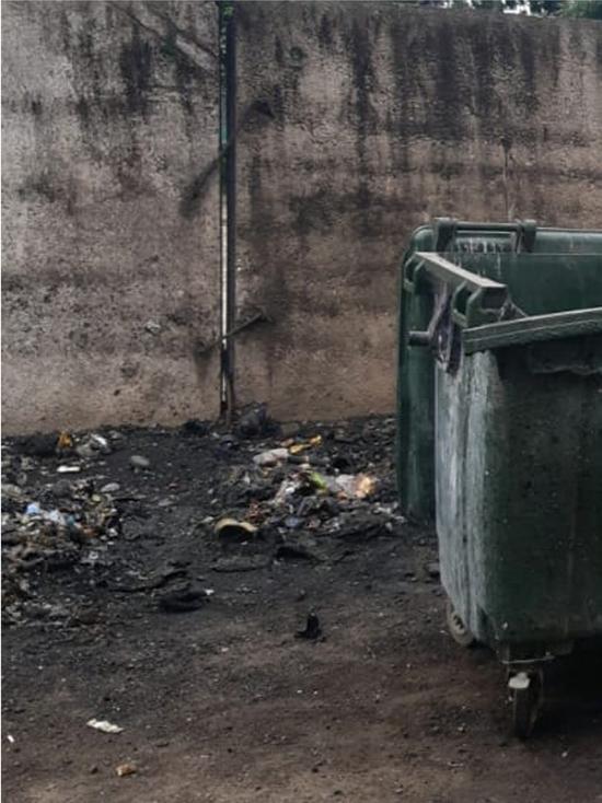 В Курске на Заводской сожгли контейнеры