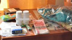 Спецназ и полицейские задержали группировку, обманувшую пенсионера на миллионы в Тверской области