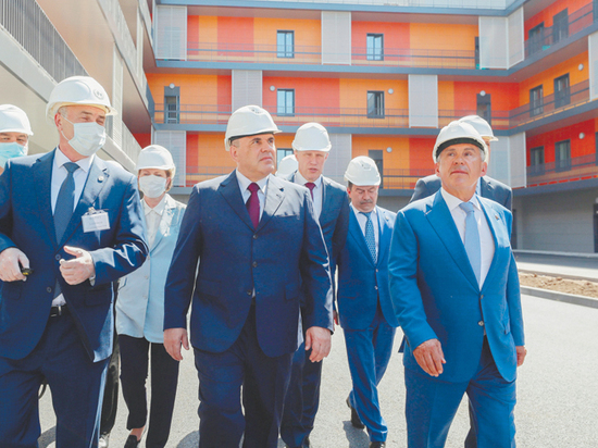 Мишустин помог построить больницу в 5,5 раза быстрее