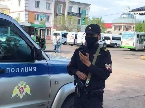 Житель Улан-Удэ ограбил ломбард, когда сдавал туда телефон