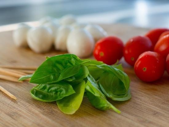Кардиолог назвал выгодную замену средиземноморской диете