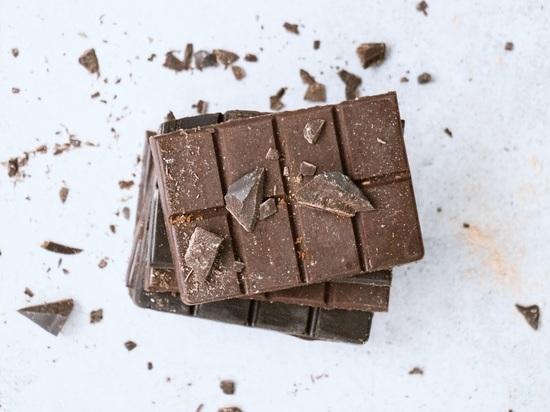 Эндокринолог сказал, кому обязательно нужно есть шоколад