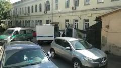 Губернатора Хабаровского края привезли в суд